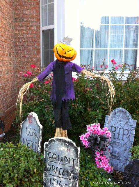 easy-diy-pumpkin-scarecrow-madeinaday-com