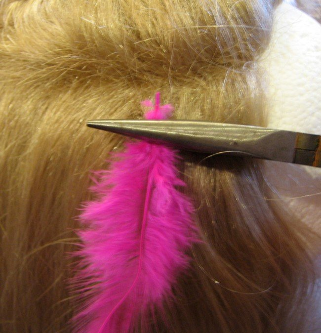Crimp bead & feather with needle nose pliers