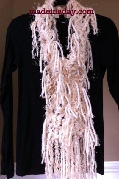 DIY No Knit Scarf!