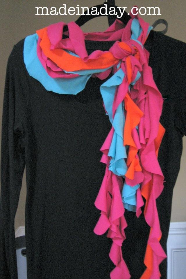 No glue T shirt scarf