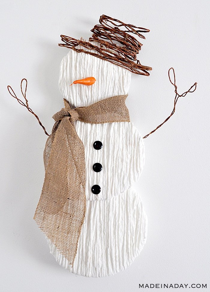 Yarn Snowman Wall Art, snowman door wreath, snowman wreath, rustic snowman door hanger, snowman wall art, snowman craft, burlap snowman door hanger, diy snowman door hanger