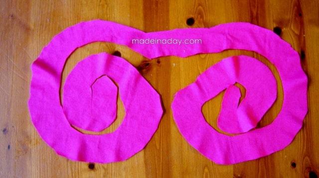 cut a t shirt scarf