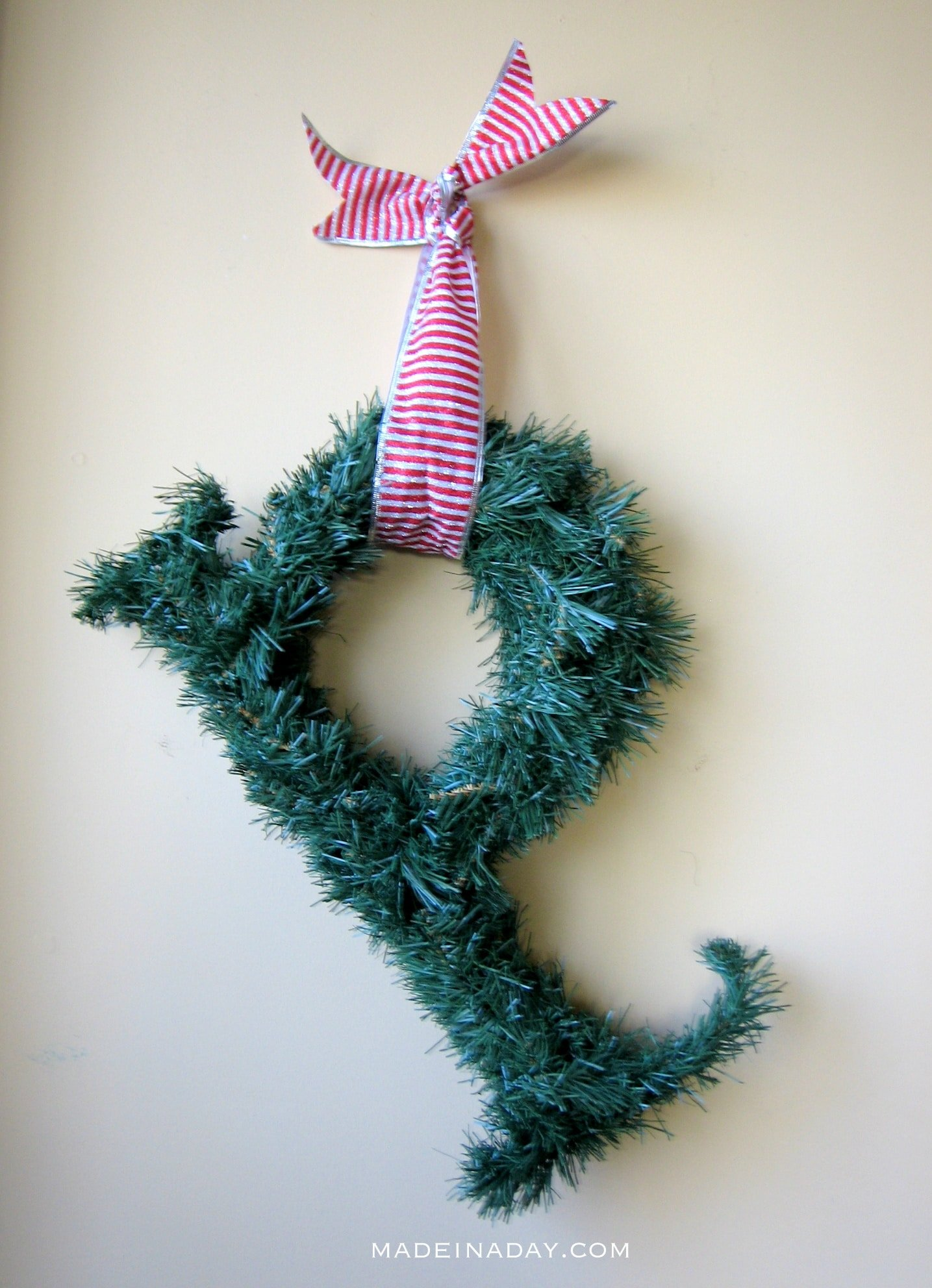 Quick Monogram Wreath 2