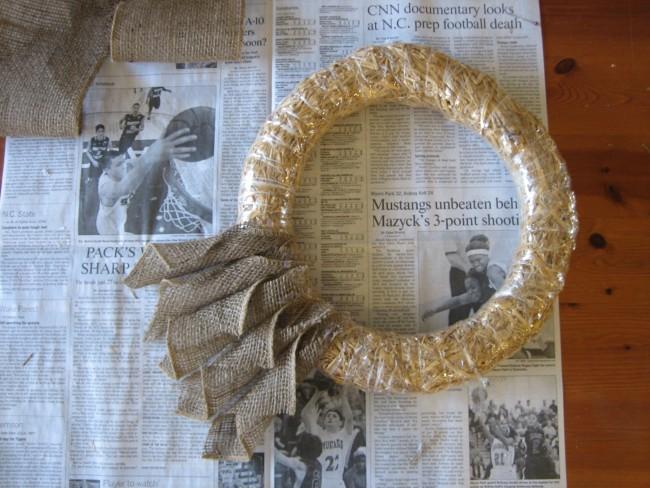 Roll burlap bookpage style wreath