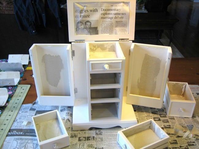 Take jewelry box apart
