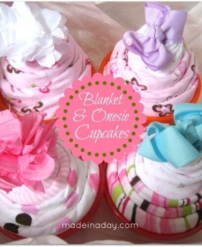 Baby Blanket & Onesie Cupcakes! 31