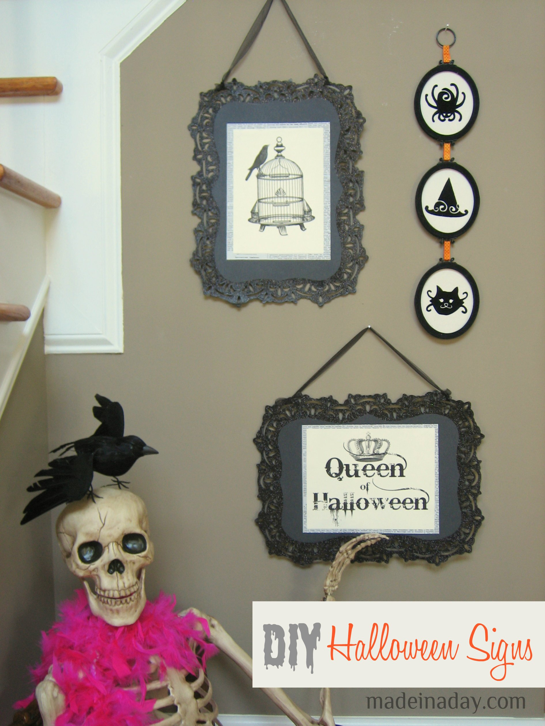 DIY Halloween signs