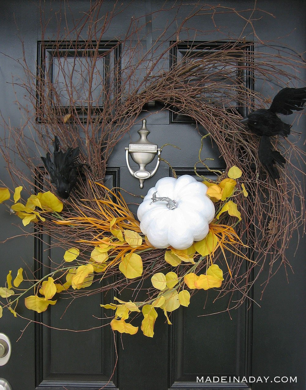bat pumpkin wreath