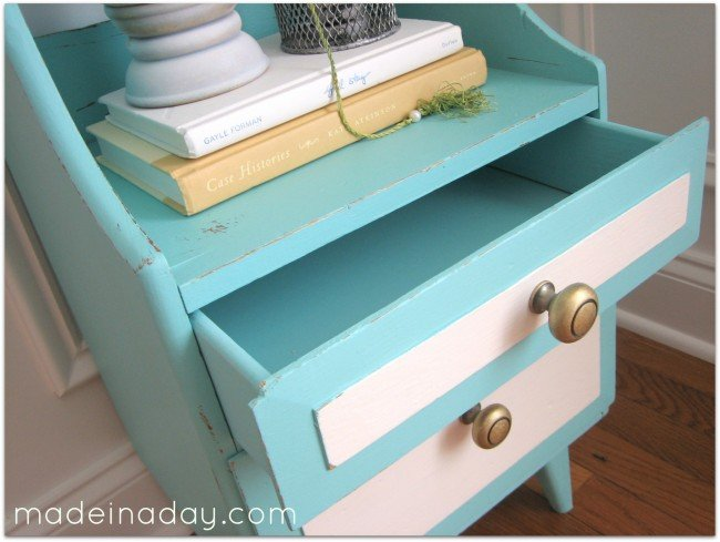 Side table chalk paint