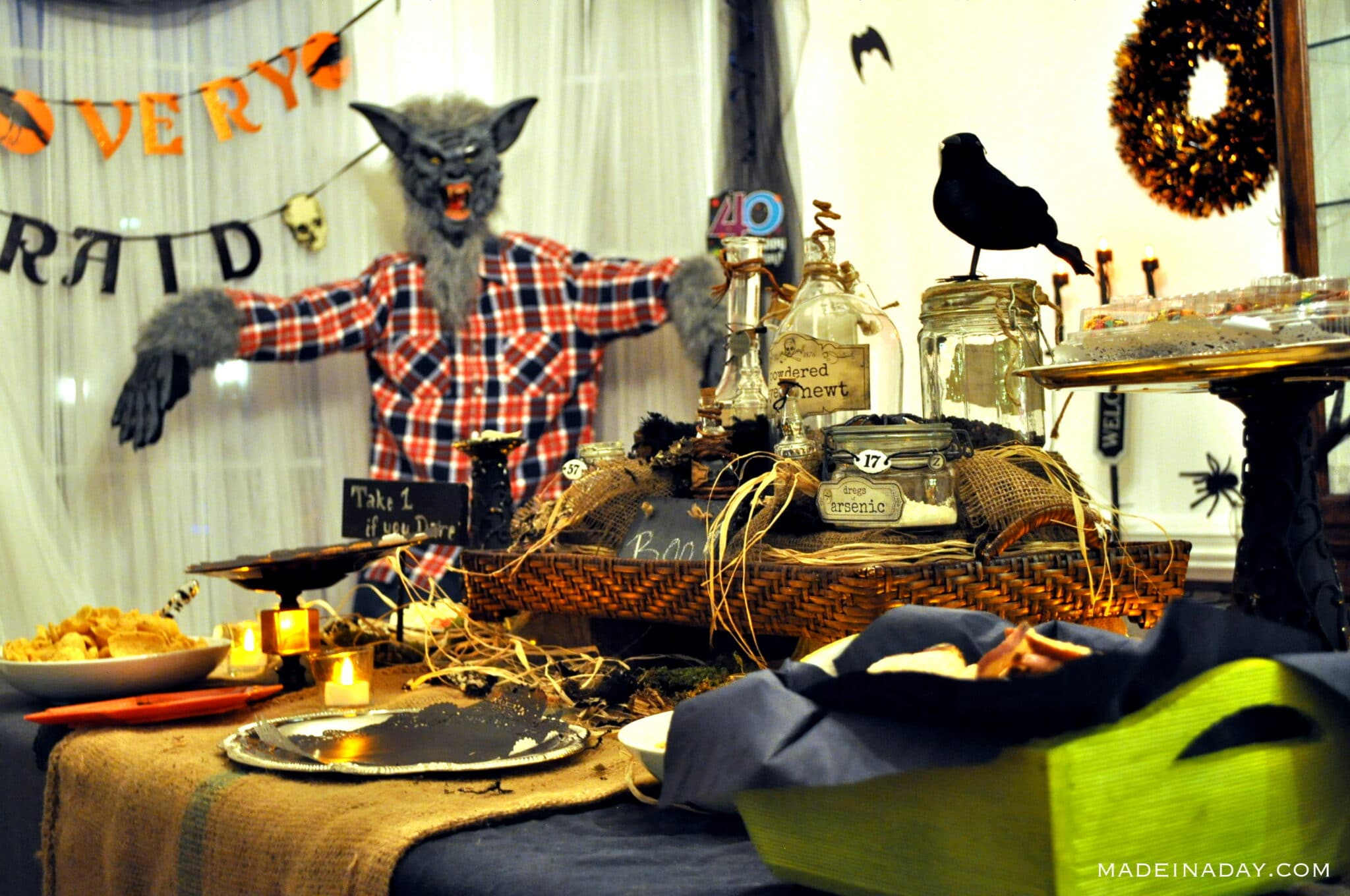 Halloween party Potion centerpiece for guests, elixir potion bottles