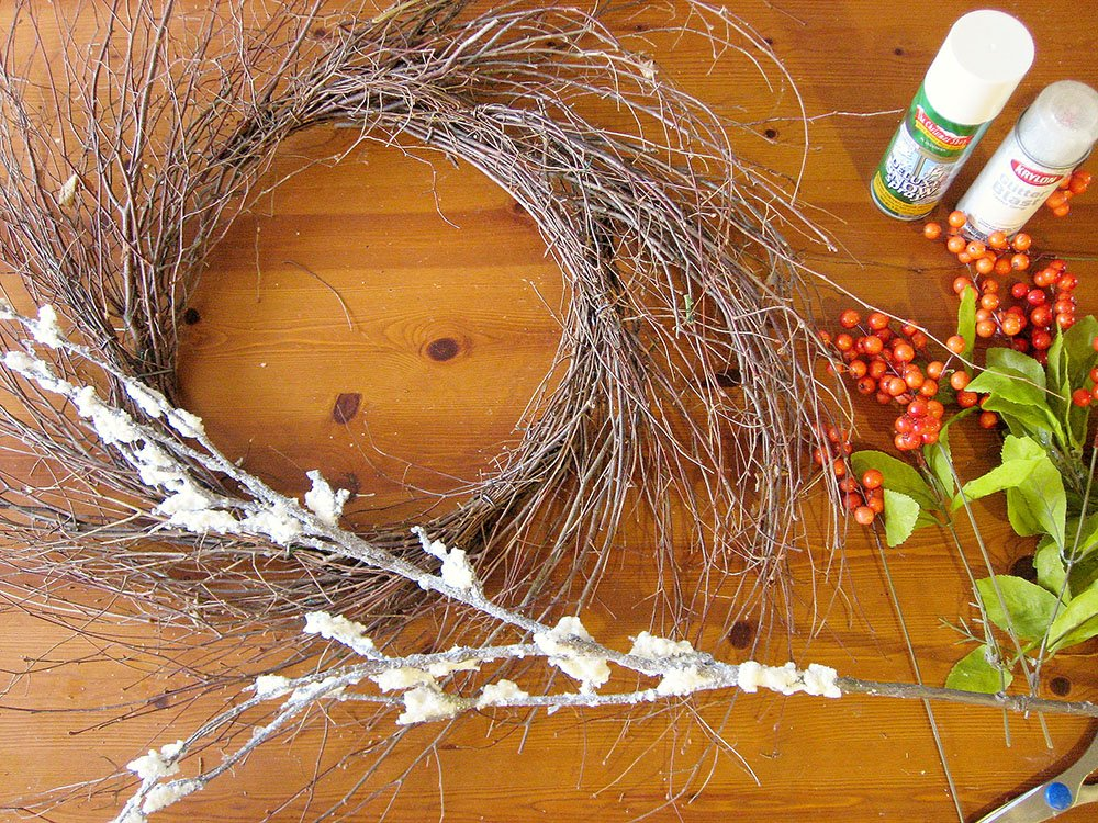 make a snowy wreath, wispy grapevine wreath, wispy wreath