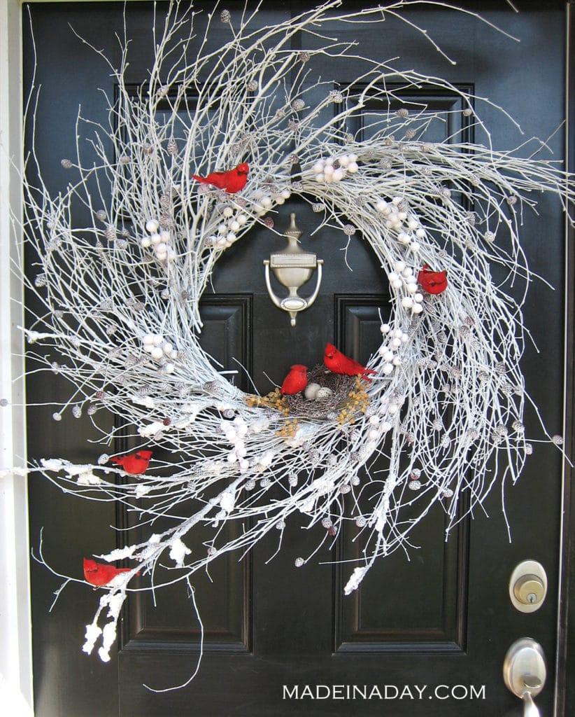red-bird-white-wreath-madeinaday-com