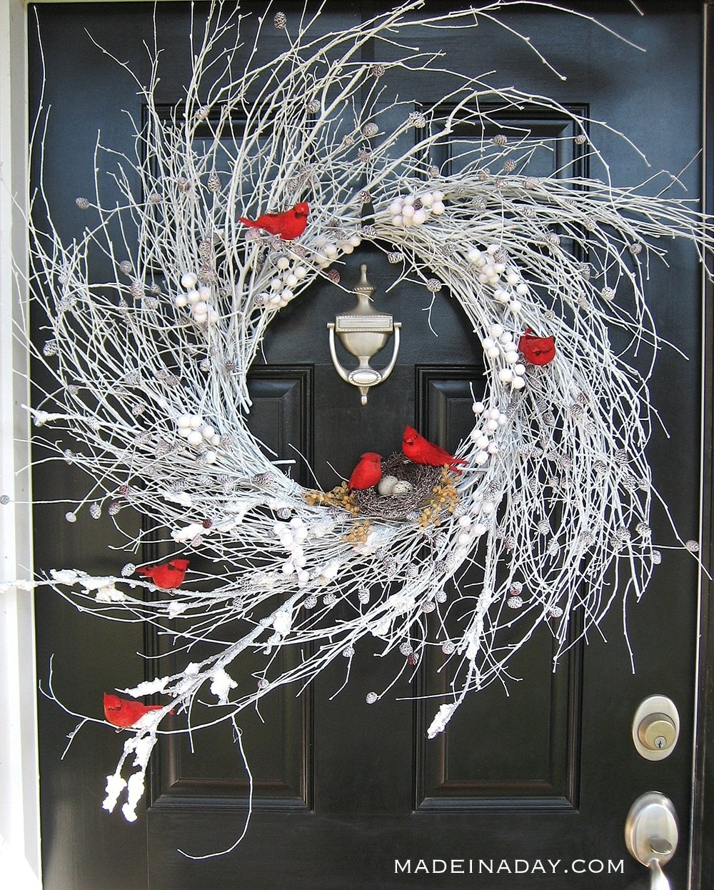 Frosted Winter White Red Cardinal Wreath, Snow Wreath with Cardinals
