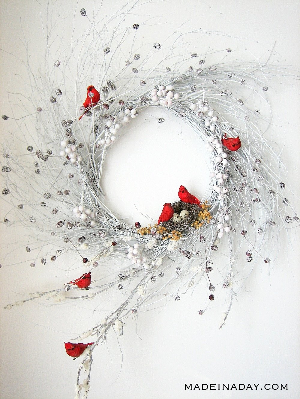 red cardinal wispy wreath, Winter Red Bird Wreath, Snow Winter Wispy Wreath