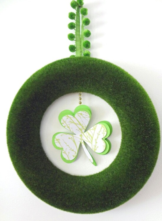 Minimal St. Patrick's Day Shamrock Wreath 36