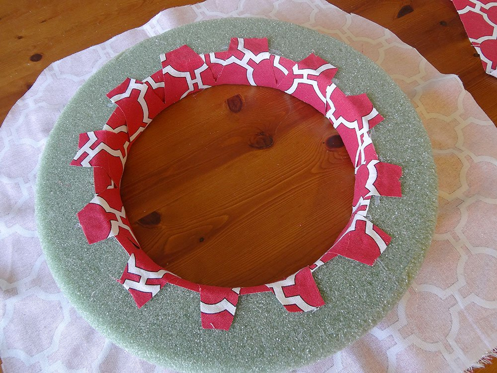 Red Canvas Spring Wreath 6