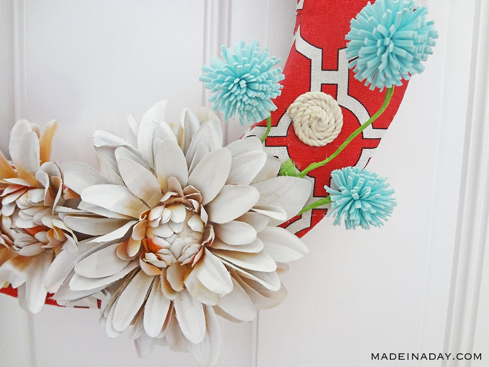 Red Canvas Spring Wreath 19