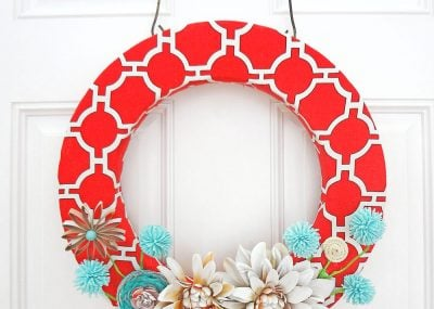 Red Canvas Spring Wreath 22