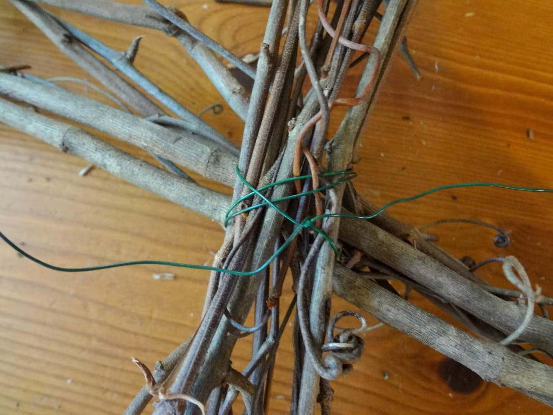 Make a square vine wreath