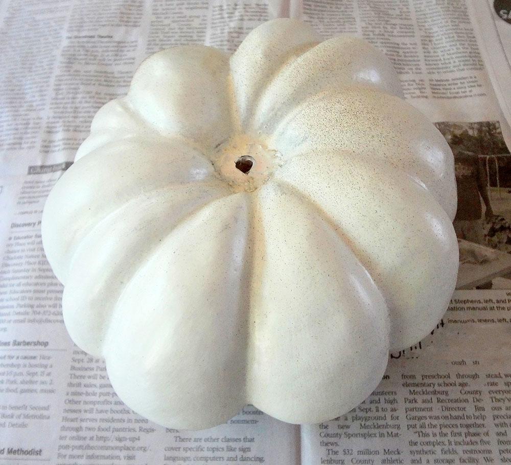 how to make pumpkins white