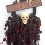Creepy to Cute Halloween Wreath Trends 5
