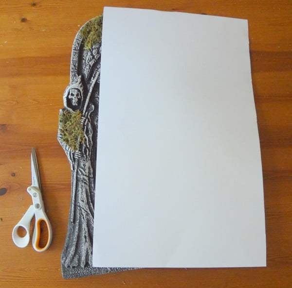 Use poster board to make a guidenew