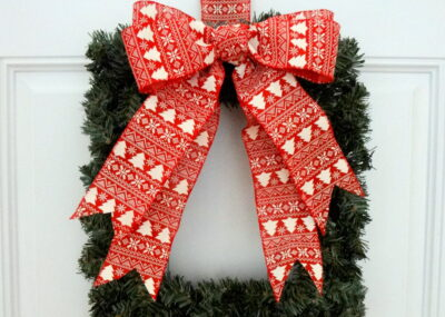 Easy Square Wreath The Ornamator Review 4