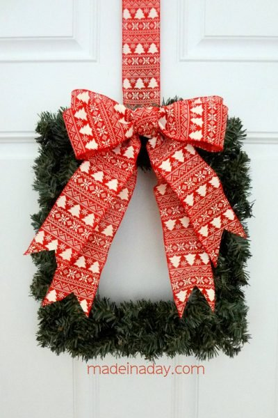 Easy Square Wreath The Ornamator Review