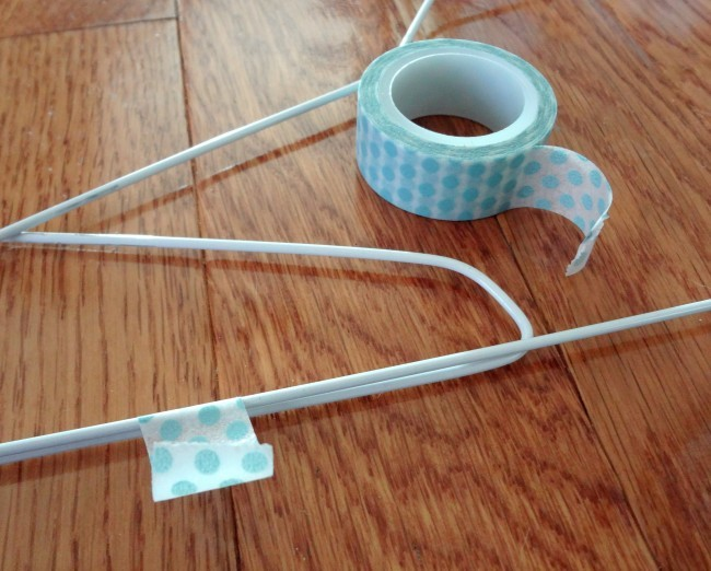 Wrap-hanger-with-Washi-Tape