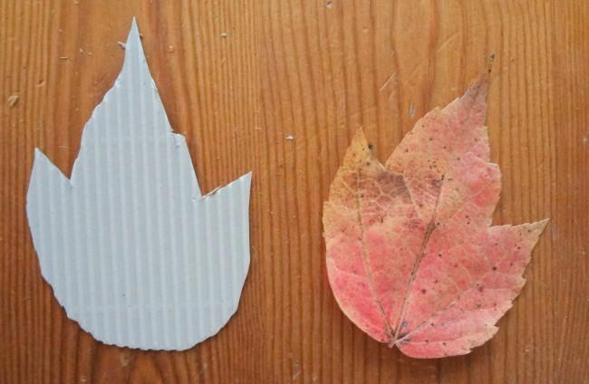 DIY corrugated leaf placecards