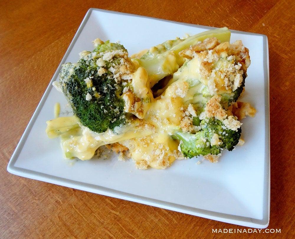Broccoli cheese and cracker casserole, ritz cracker broccoli and cheese casserole,