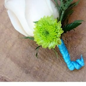 How to Make a Boutonniere for Prom & Weddings 29