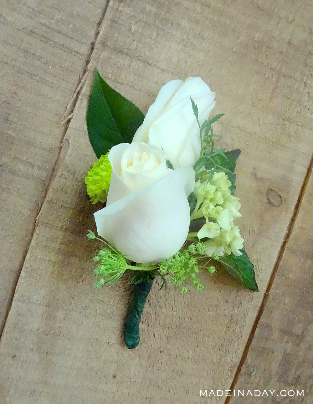 prom corsage, how to make a homemade corsage, funeral corsage