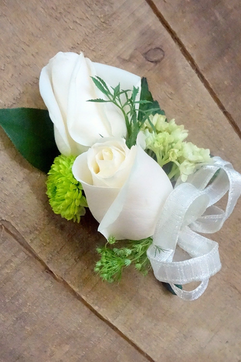 How to make a Corsage for Weddings Prom and more!