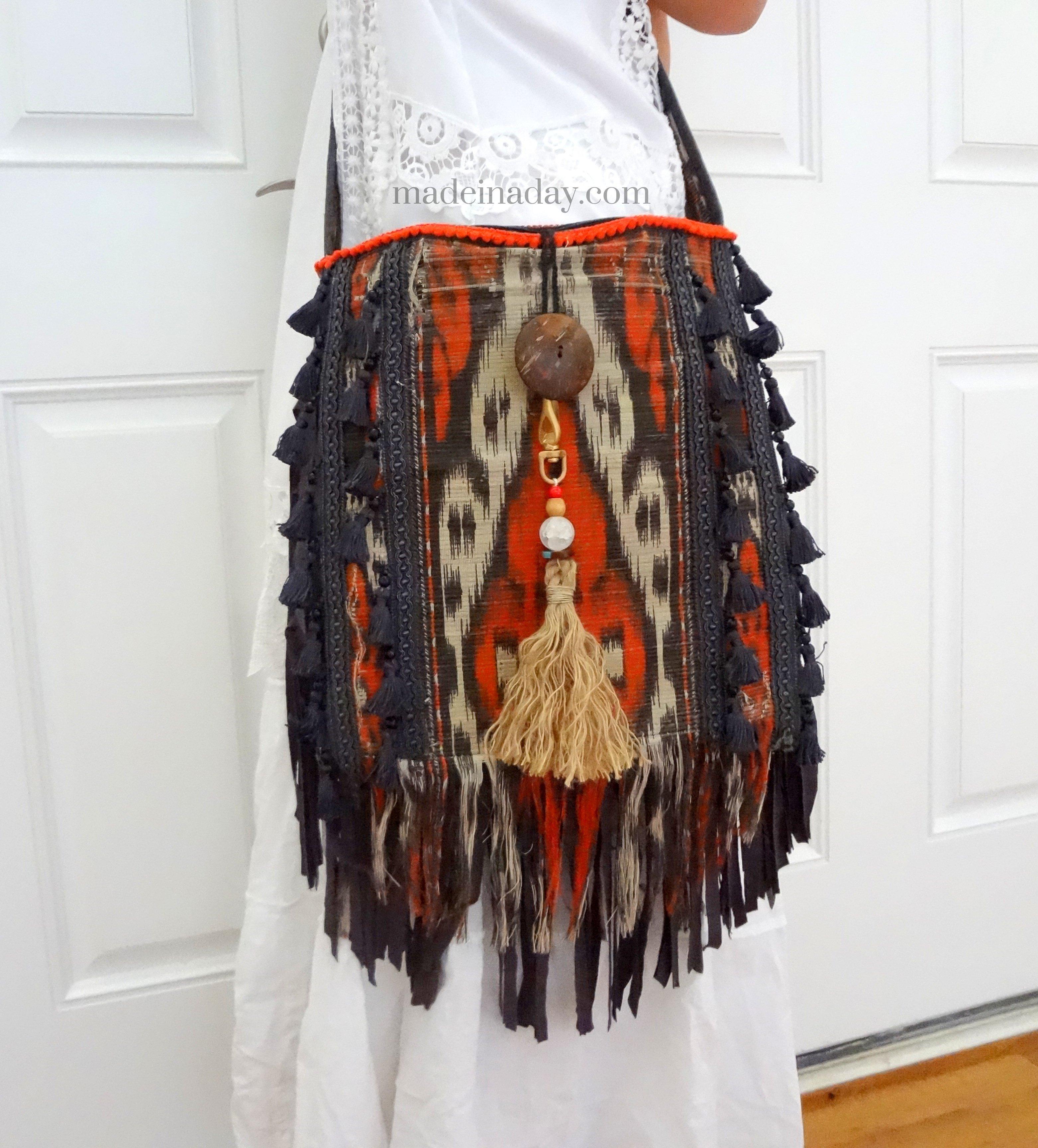 diy boho tassel and fringe purse made in a day. Black Bedroom Furniture Sets. Home Design Ideas