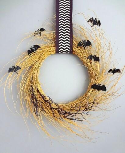 Creepy Bat Golden Halloween Wreath 33