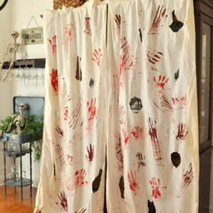 Easy DIY Blood Spatter Dexter Drapes