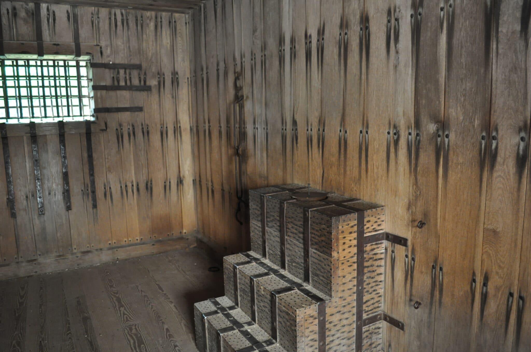 Williamsburg Gaol madeinaday.com