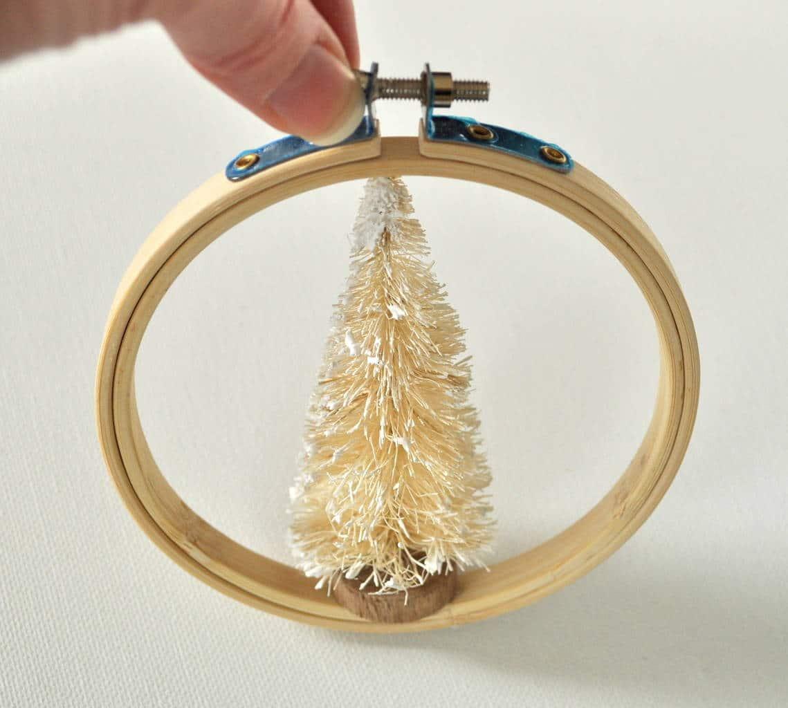 Add white sisal tree to hoop base