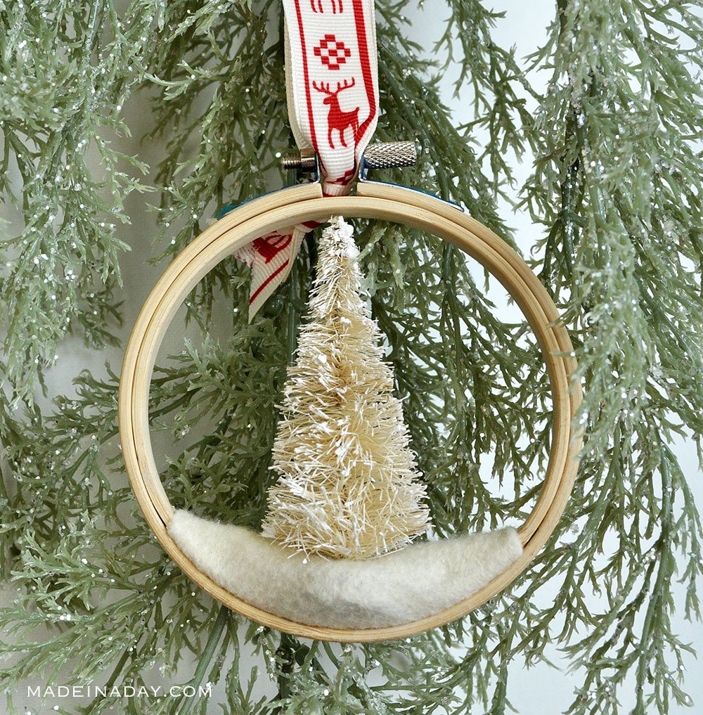 DIY Embroidery Hoop Ornament, Tree Embroidery hoop Christmas ornament, Christmas hoop ornament, embroidery hoop tree ornament, vintage tree embroidery hoop ornament, mini embroidery hoop ornaments, Sisal tree hoop ornament,