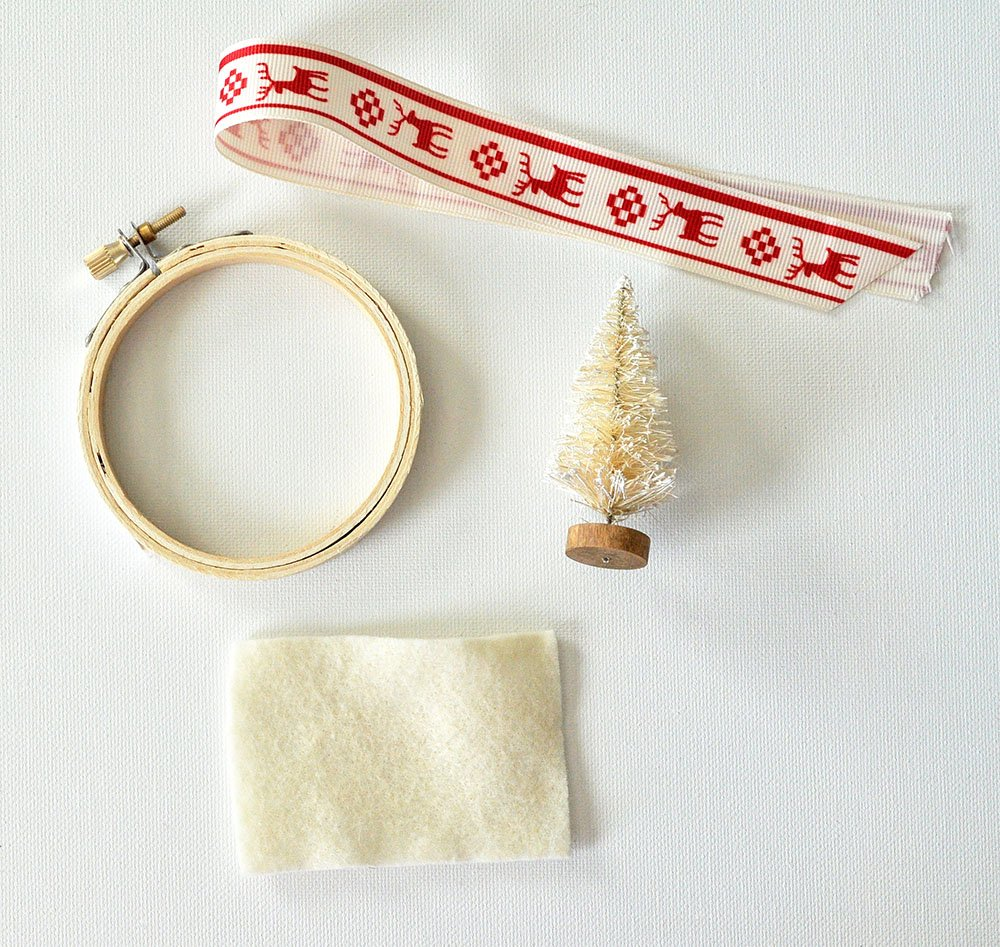 Easy Vintage Tree Ornament, sisal tree ornament