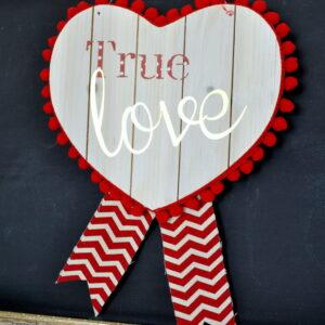 Valentine Heart Pallet madeinaday.com