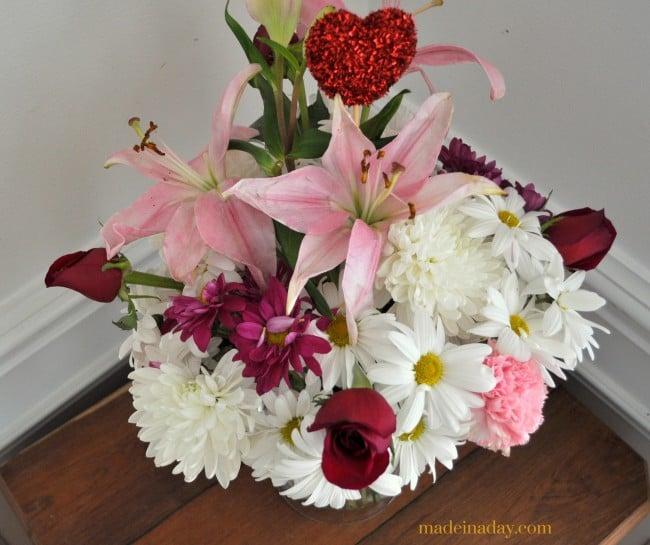 Flower Care DIY Flower Food Recipes madeinaday.com