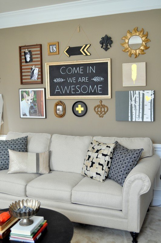 Diy black gold gallery wall for Living room gallery wall
