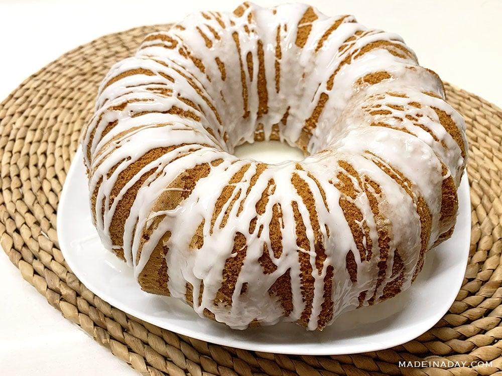 lemon bundt cake recipe, glazed lemon cake, lemon glazed cake, lemon glazed icing recipe, lemon zest cake, lemon bundt cake from cake mix, duncan hines lemon cake, light fluffy lemon cake