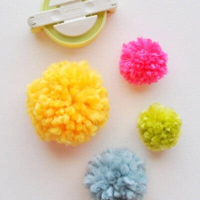 Pom Poms Made Easy: Clover Pom Pom Maker Tutorial