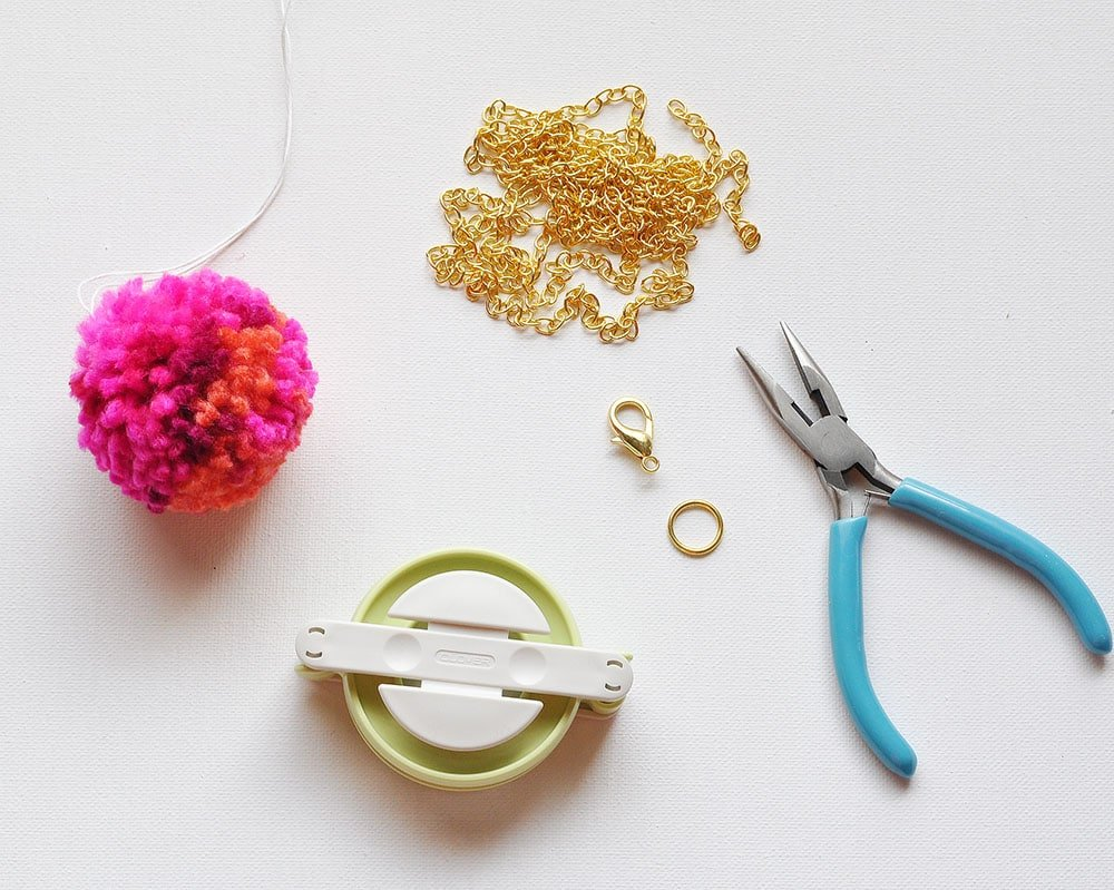 how to make a pom pom keychain