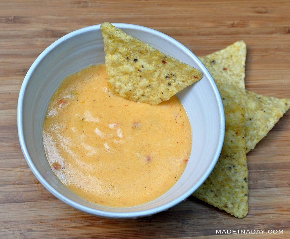 Blue Chips with Spicy Gorgonzola Cheese Sauce 7