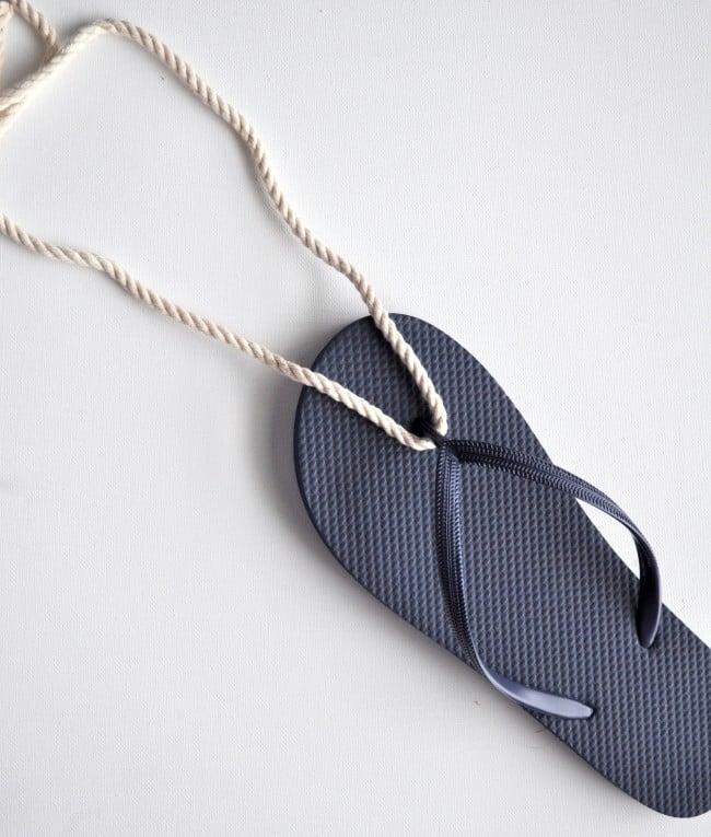 glue rope to flip flop