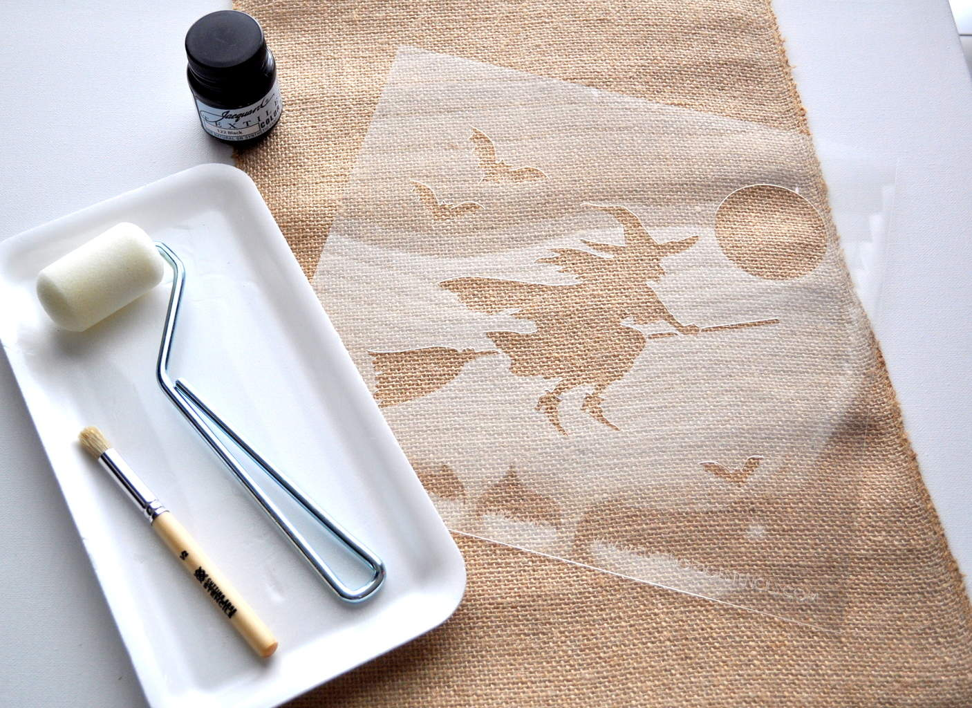 Witch Craft stencil tutorial